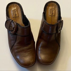 Clarks Artisan Brown Leather Mules Size 9